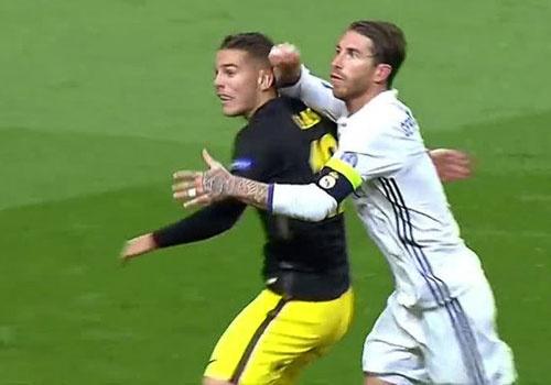 Ramos may man khong phai nhan the do truoc Atletico? hinh anh