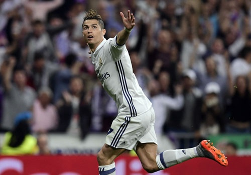 Ronaldo don con mua loi khen sau hat-trick vao luoi Atletico hinh anh