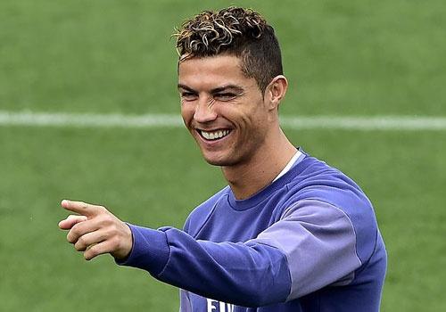 Ronaldo san sang kiem them hat-trick trong su nghiep hinh anh