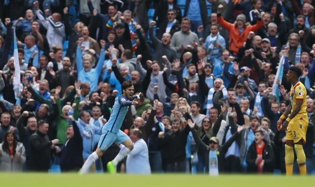 Man City vs Crystal Palace (5-0): Thay tro Guardiola vao top 3 hinh anh 13