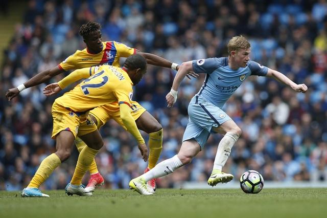 Man City vs Crystal Palace (5-0): Thay tro Guardiola vao top 3 hinh anh 15