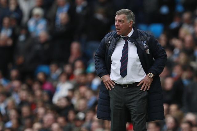 Man City vs Crystal Palace (5-0): Thay tro Guardiola vao top 3 hinh anh 17