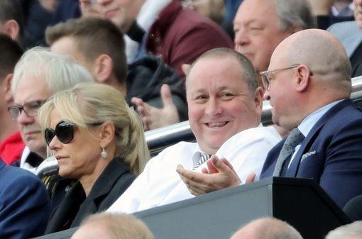 Thay tro Benitez vo dich Championship sau cuoc dua nghet tho hinh anh 22