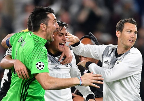 Juve vao chung ket Champions League voi ty so chung cuoc 4-1 hinh anh