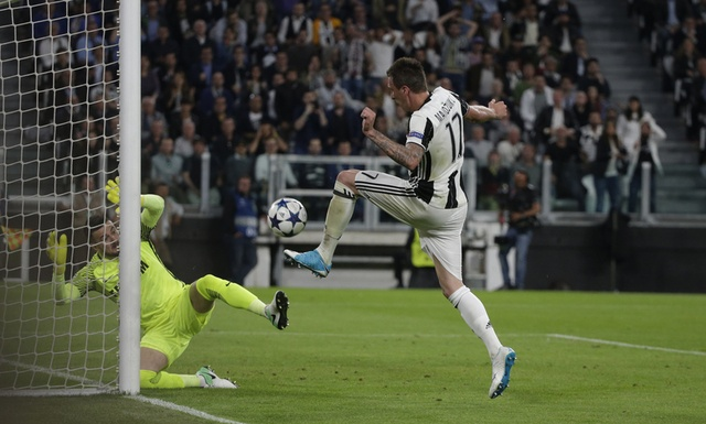 Juve vao chung ket Champions League voi ty so chung cuoc 4-1 hinh anh 29