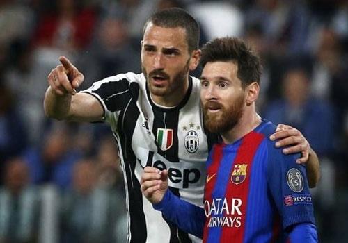 Messi duoc khuyen hoc Mbappe cach danh bai Buffon hinh anh