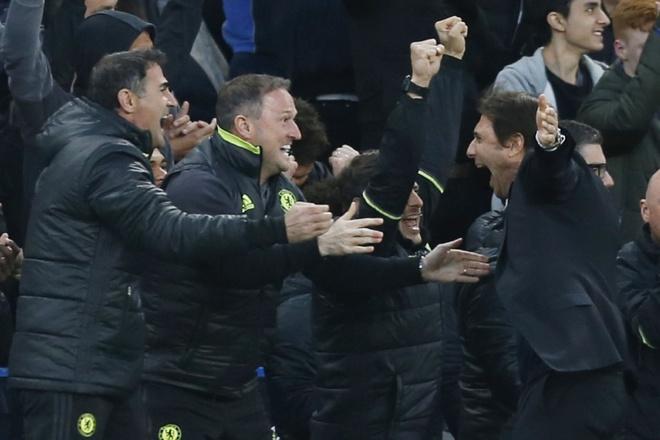 Chelsea vo dich Premier League truoc 2 vong dau hinh anh 10