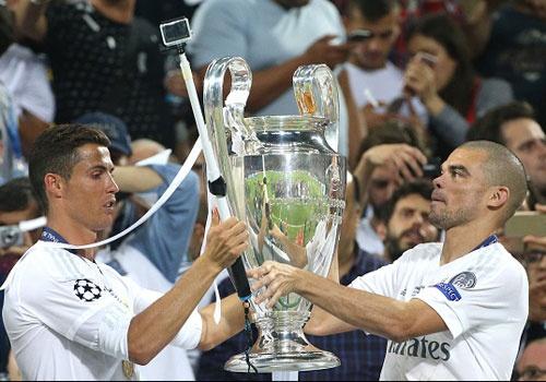 4 tran 'chung ket' va 2 ky luc cho Real Madrid hinh anh