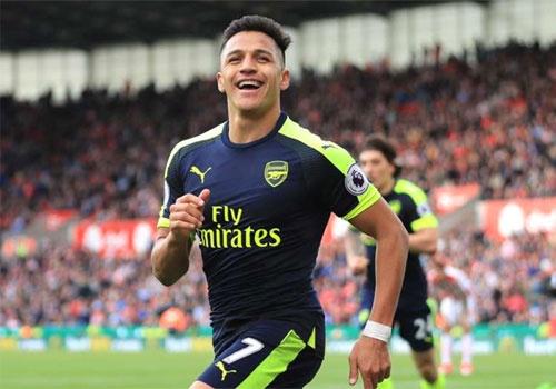 Sanchez lap ky luc, vao doi hinh hay nhat vong 37 Premier League hinh anh