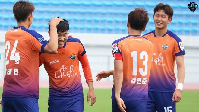 Gangwon vs Seongnam (0-1): Xuan Truong roi san, doi nha nhan ban thua hinh anh 2
