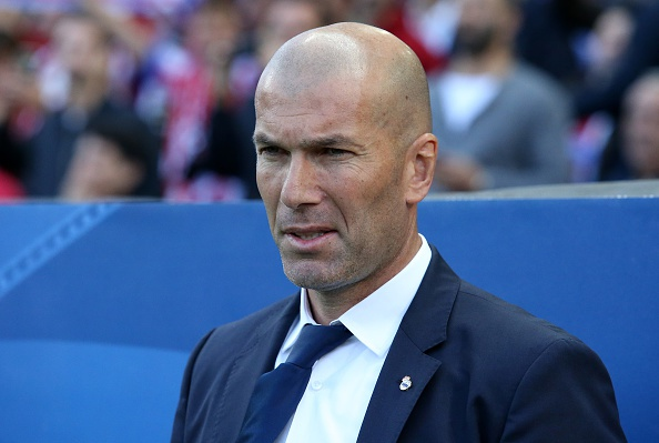 Real mat 3 tru cot o tran cham tay vao cup vo dich La Liga hinh anh 1