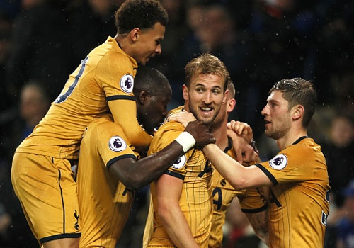 Tottenham thang Leicester 6-1 truoc ngay ha man Premier League hinh anh