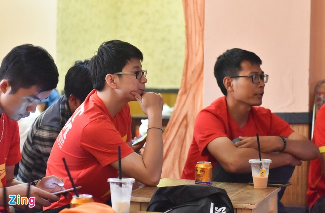 U20 Viet Nam 0-4 U20 Phap: Dinh Trong nhan the do hinh anh 44