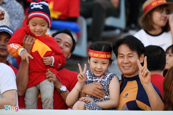U20 Viet Nam 0-4 U20 Phap: Dinh Trong nhan the do hinh anh 47