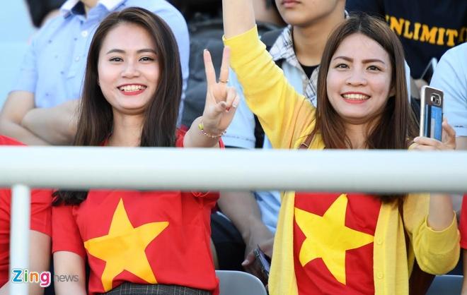 U20 Viet Nam 0-4 U20 Phap: Dinh Trong nhan the do hinh anh 48