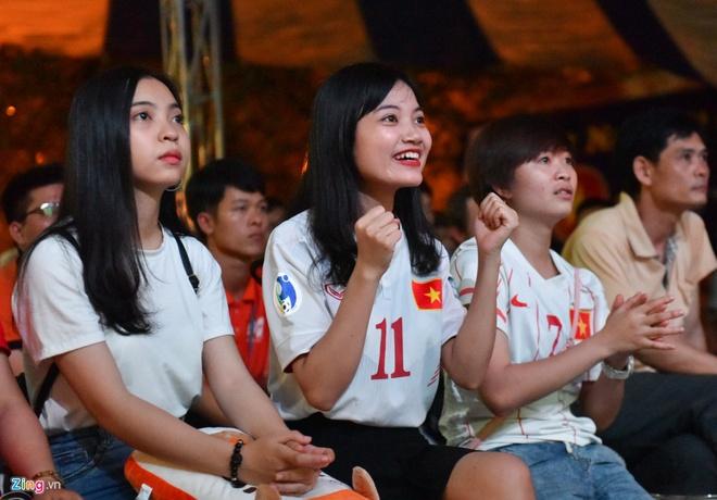 U20 Viet Nam 0-4 U20 Phap: Dinh Trong nhan the do hinh anh 6