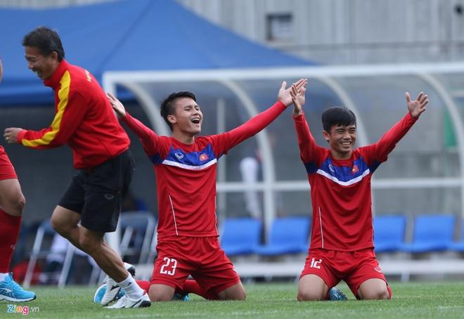 U20 Viet Nam 0-4 U20 Phap: Dinh Trong nhan the do hinh anh 14