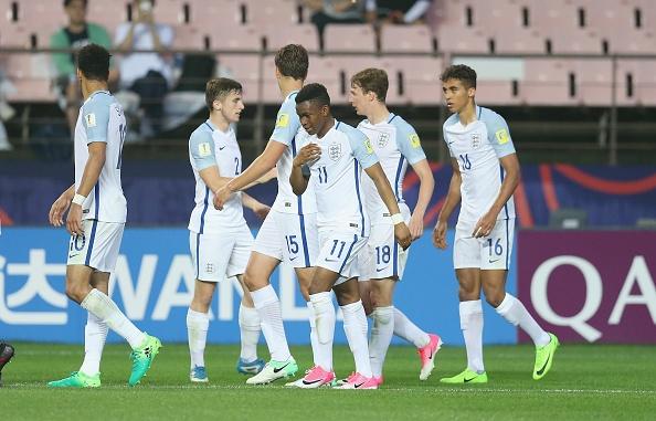 U20 Duc guc xuong san khi thua U20 Zambia 3-4, U20 Anh vao tu ket hinh anh 20