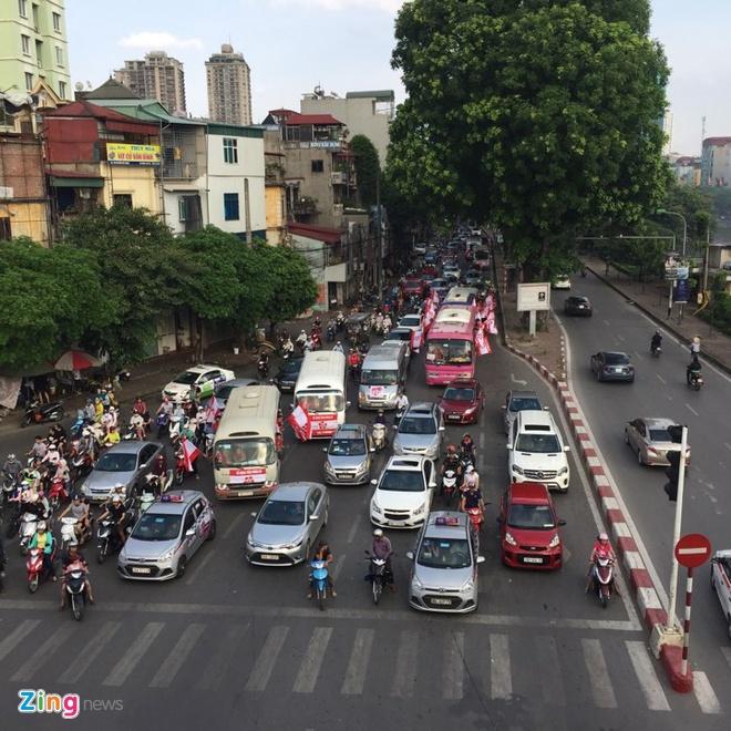 HAGL thang Binh Duong 2-1, CLB Ha Noi danh bai CLB Hai Phong 2-0 hinh anh 13