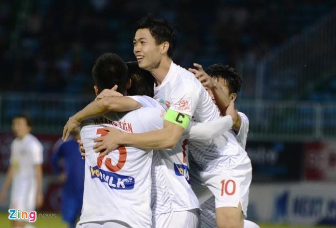 HAGL thang Binh Duong 2-1, CLB Ha Noi danh bai CLB Hai Phong 2-0 hinh anh 16