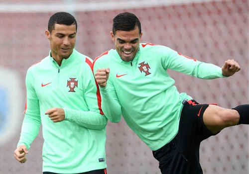 Ronaldo san sang dua Bo Dao Nha vao chung ket Confeds Cup hinh anh