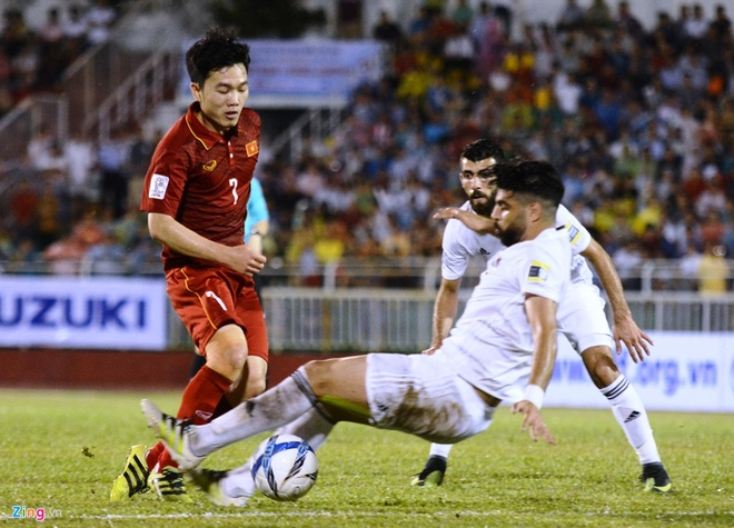 Xuan Truong choi 66 phut, CLB Gangwon co tran thang 2-1 hinh anh 3