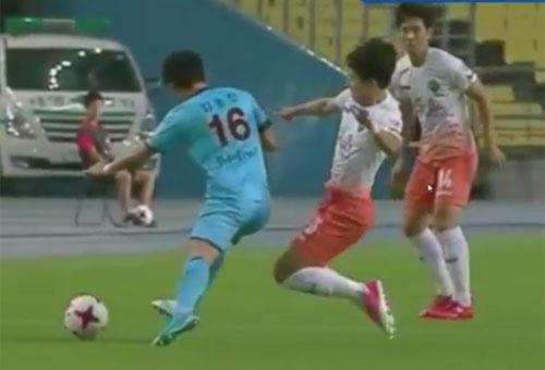 Xuan Truong choi 66 phut, CLB Gangwon co tran thang 2-1 hinh anh 12