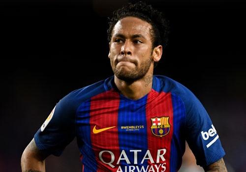 Chuyen nhuong 19/7: Neymar co the roi Barca, gia nhap PSG hinh anh