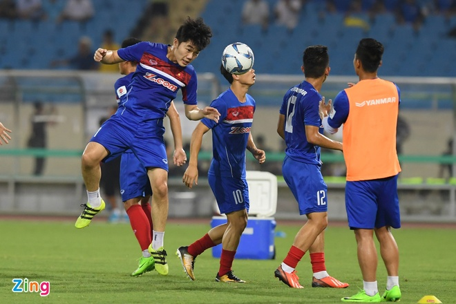 U22 VN vs Ngoi sao K.League (1-0): Van Toan ghi ban hinh anh 22