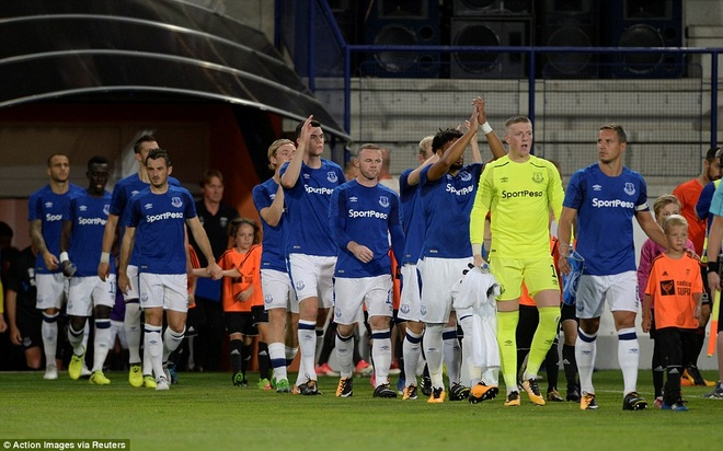 Rooney cung Everton vao vong play-off Europa League hinh anh 4