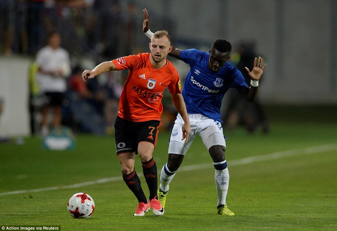 Rooney cung Everton vao vong play-off Europa League hinh anh 8