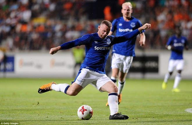 Rooney cung Everton vao vong play-off Europa League hinh anh 7
