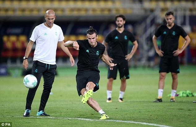 Zidane dau dau khi Mourinho muon chieu mo Bale hinh anh 9