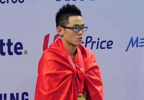 Quang Nhat bo thi, Huy Hoang vuot xa ky luc SEA Games hinh anh
