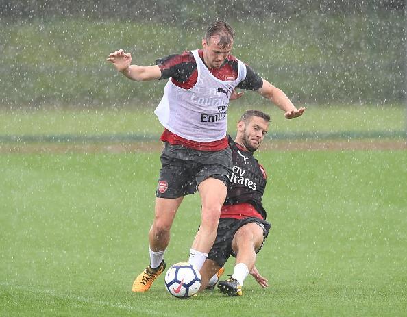 Alexis Sanchez vui ve tap luyen duoi troi mua hinh anh 7