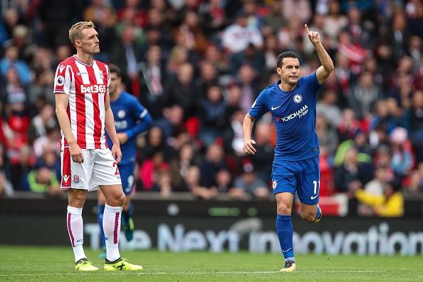 Stoke vs Chelsea (0-4): Morata lap hat-trick, solo ghi ban hinh anh 19
