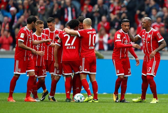 Bayern danh roi chien thang ngay tran dau sa thai Ancelotti hinh anh 11