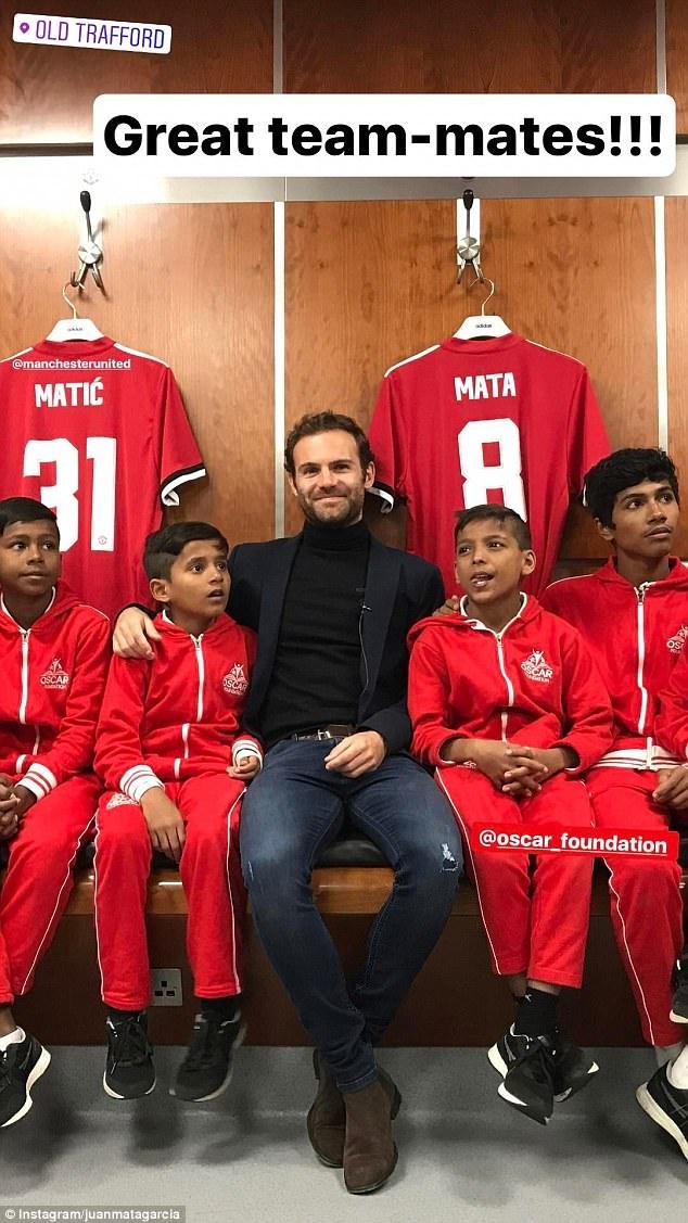 Juan Mata dem niem vui den tre em ngheo hinh anh 3
