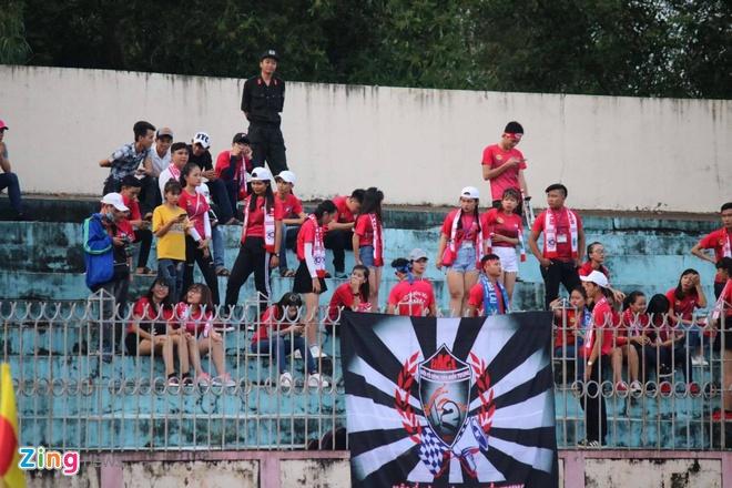 CLB HAGL hoa kich tinh 1-1 truoc doi dau bang Quang Nam hinh anh 21