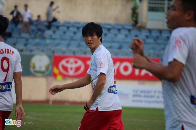 CLB HAGL hoa kich tinh 1-1 truoc doi dau bang Quang Nam hinh anh 22