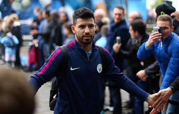 Man City vs Burnley (3-0): Aguero lap ky luc ghi ban hinh anh 9