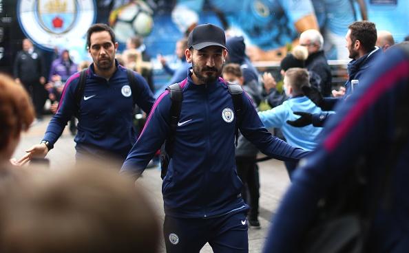 Man City vs Burnley (3-0): Aguero lap ky luc ghi ban hinh anh 10