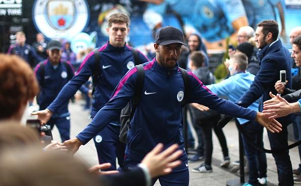 Man City vs Burnley (3-0): Aguero lap ky luc ghi ban hinh anh 11