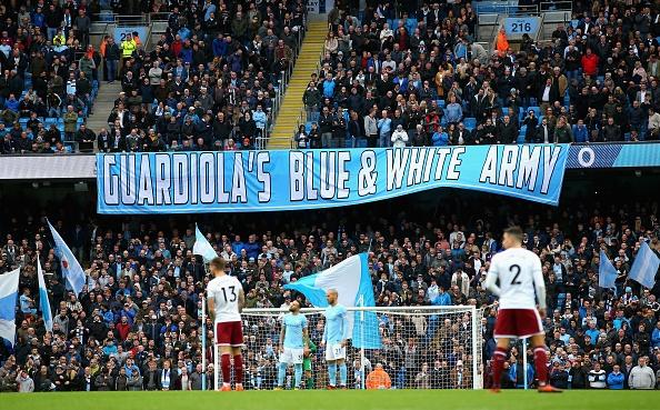 Man City vs Burnley (3-0): Aguero lap ky luc ghi ban hinh anh 30