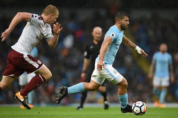 Man City vs Burnley (3-0): Aguero lap ky luc ghi ban hinh anh 28
