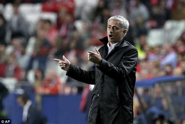 Jose Mourinho: 'Nhung loi chi trich la loi cua toi' hinh anh 1