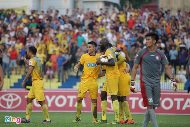 CLB Thanh Hoa thua doi Quang Ninh 3-4 vi hang phong ngu mac sai lam hinh anh 3