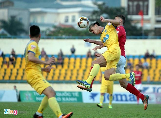 CLB Thanh Hoa thua doi Quang Ninh 3-4 vi hang phong ngu mac sai lam hinh anh 13
