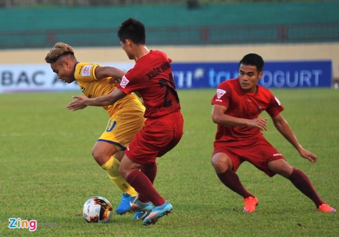 CLB Thanh Hoa thua doi Quang Ninh 3-4 vi hang phong ngu mac sai lam hinh anh 6