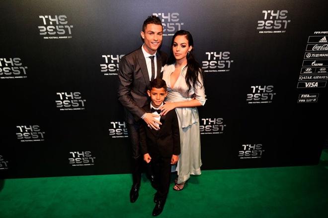 Ronaldo: 'Day con de tro thanh so 1 can tai nang, ren luyen va dam me' hinh anh 2